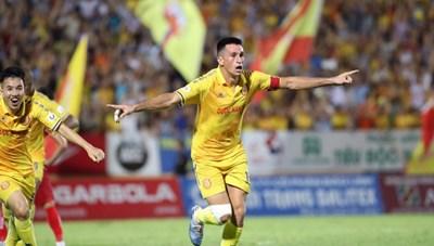 Cuộc đua trụ hạng V-League:  Khó lường tới phút cuối