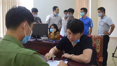 Thừa Thiên – Huế: Phát hiện 7 người Trung Quốc đánh bạc qua mạng hơn 35 tỷ đồng