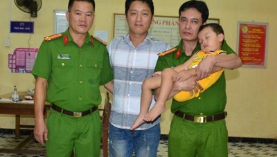 Gần 4 giờ giải cứu bé bị bắt cóc ở Bắc Ninh của Công an Tuyên Quang