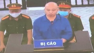 Vợ chồng 'Đường Dương' tiếp tục hầu tòa vì tội hành hung phụ xe Phúc Cường
