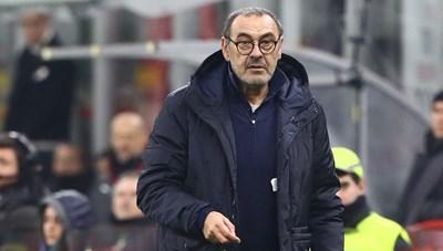 Juventus sa thải HLV Maurizio Sarri