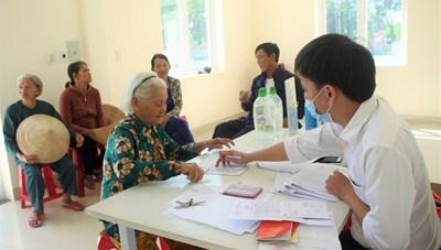 Quảng Nam: Thanh niên xung phong và giáo viên trường tư được hỗ trợ vì Covid-19