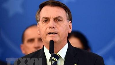 Hiệp hội Báo chí Brazil kiện Tổng thống vì không đeo khẩu trang