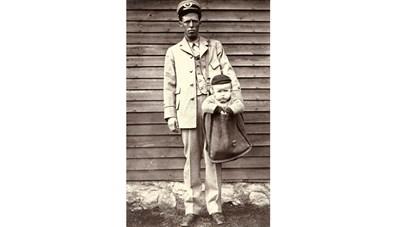 Những đứa trẻ từng được gửi bằng đường bưu điện