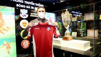 CLB TP HCM hoàn tất thương vụ 'triệu đô' cho giai đoạn hai V-League