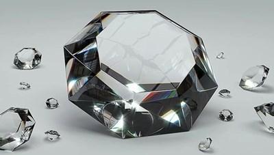 Bỉ sản xuất kim cương tổng hợp chất lượng tương tự kim cương tự nhiên