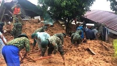 Lở đất ở Quảng Trị vùi lấp 22 cán bộ, chiến sỹ: Thấy thi thể đầu tiên