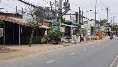 Truy tìm 2 đối tượng chém trọng thương cán bộ phường