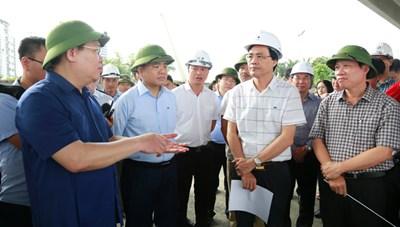 Hà Nội chốt tiến độ 5 dự án giao thông trọng điểm