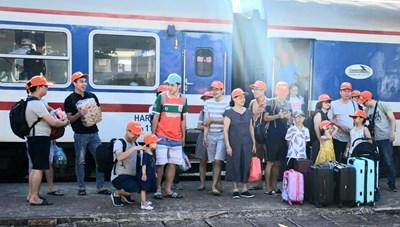Quảng Bình chào đón chuyến tàu charter đầu tiên