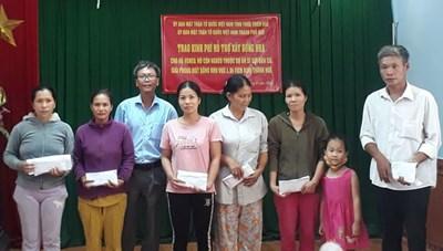 Hơn 2,3 tỷ đồng ủng hộ người nghèo phải di dời khỏi Kinh thành Huế