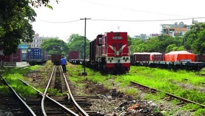 Điệp khúc xin hỗ trợ của ngành đường sắt