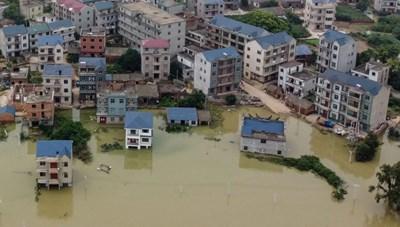 Lũ lụt ở Trung Quốc tiếp tục diễn biến xấu