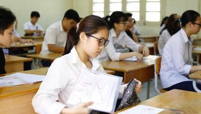 Chia thí sinh tốt nghiệp THPT thành bốn nhóm trong đó thí sinh diện F0 tốt nghiệp đặc cách