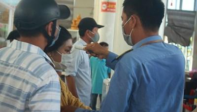 Quảng Ngãi: Không tập trung quá 30 người nơi công cộng