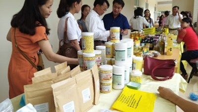 Người tiêu dùng lựa chọn hàng Việt