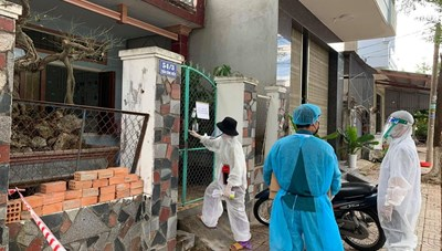 Quảng Ngãi: Cách ly tại chỗ hơn 270 hộ là hàng xóm của bệnh nhân 621