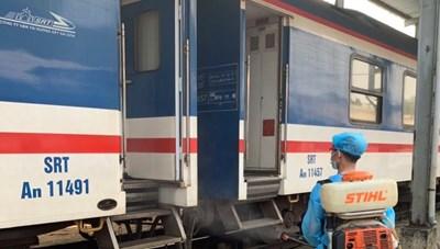 Dừng chạy đôi tàu tuyến TP HCM-Hà Nội từ ngày mai