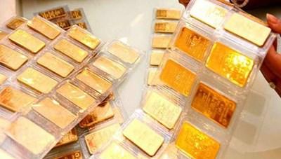 Giá vàng tăng giảm trái chiều