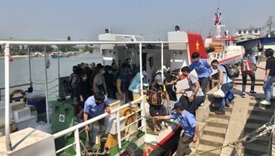 Đảo Lý Sơn đón khách trở lại