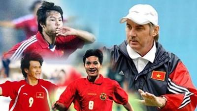 20 năm sau câu nói của ông Alfred Riedl: 'Bóng đá Việt Nam xây nhà từ nóc'