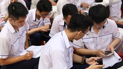 Công khai đường dây nóng xử lý tiêu cực trong tuyển sinh Đại học