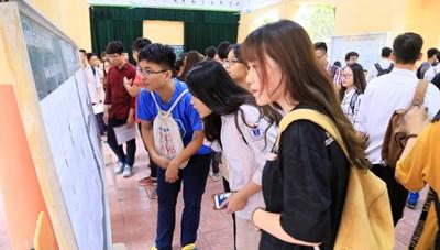 Ngày 5/10, các trường đại học công bố điểm chuẩn đợt 1