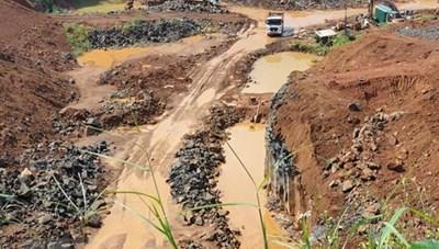 Đắk Nông: 3 DN khai thác khoáng sản bị phạt 320 triệu đồng