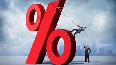 Ngân hàng giảm lãi suất điều hành: Doanh nghiệp vẫn phải vay với lãi suất cao
