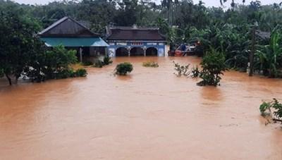Một bé trai 13 tuổi tử vong do mưa lũ tại Kon Tum