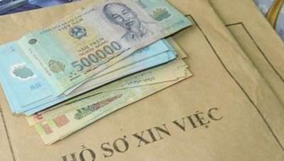 Hà Nội: Truy tố nguyên cán bộ công an lừa đảo xin học, chạy việc