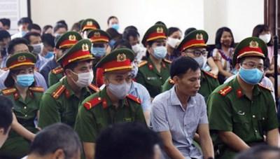 Xét xử phúc thẩm vụ gian lận điểm thi ở Hòa Bình