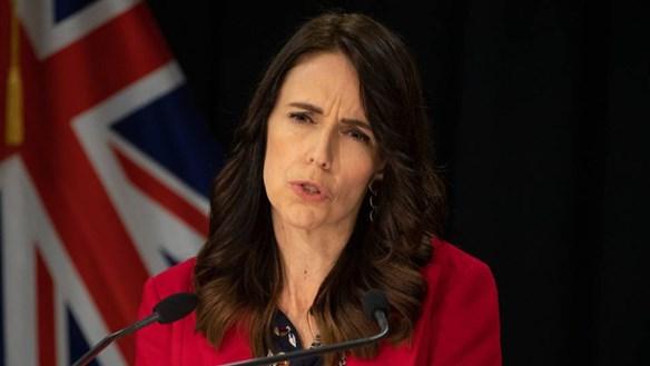 New Zealand hoãn mở cửa biên giới với Australia
