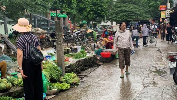 Lơ là phòng chống dịch bệnh tại các khu chợ dân sinh