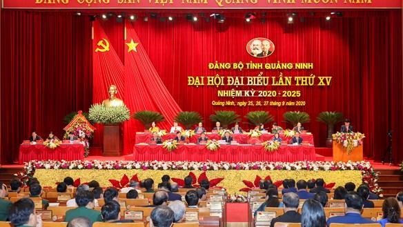Xây dựng Quảng Ninh trở thành tỉnh dịch vụ, công nghiệp hiện đại