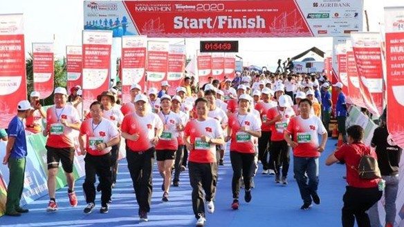 Tiền Phong Marathon 2020: Bồi đắp tình yêu biển, đảo quê hương