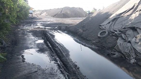 Ninh Bình: Khốn khổ vì bụi cảng than
