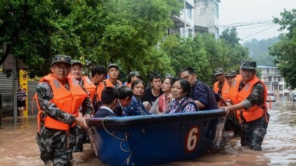 Lũ lụt Trung Quốc khiến hơn 100 người chết, mất tích