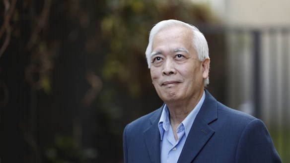 GS Trịnh Xuân Thuận: Ngước mắt với bầu trời