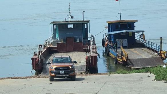 Phúc Thọ, Hà Nội: Bến đò không phép ngang nhiên hoạt động