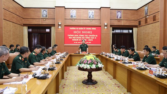 Đại tướng Ngô Xuân Lịch làm việc với Tổng cục II về công tác tổ chức Đại hội khóa mới