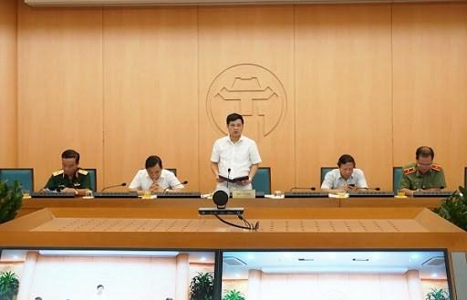 Hà Nội: Lãnh đạo 6 địa phương bỏ họp chống dịch Covid-19