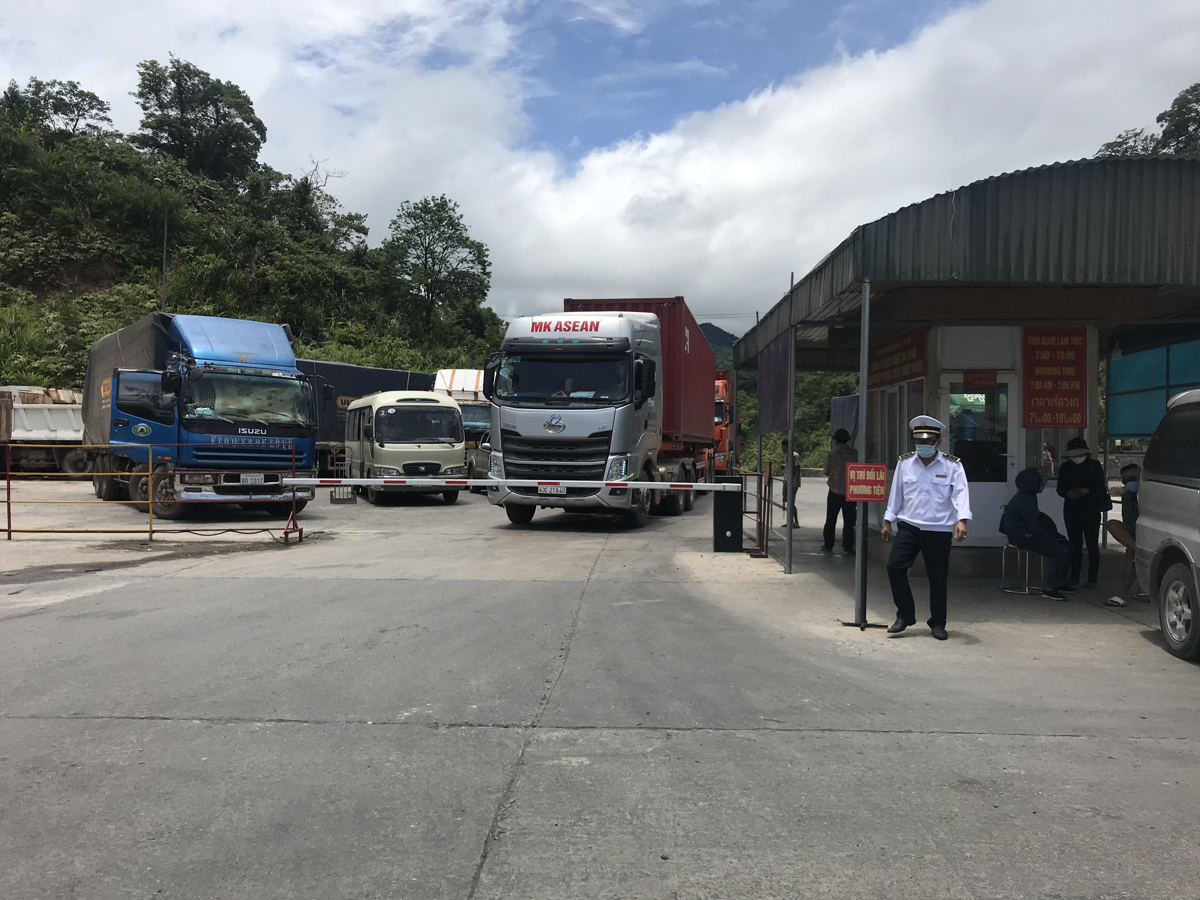 Vị trí đổi lái phương tiện tại Cửa khẩu quốc tế Cầu Treo.