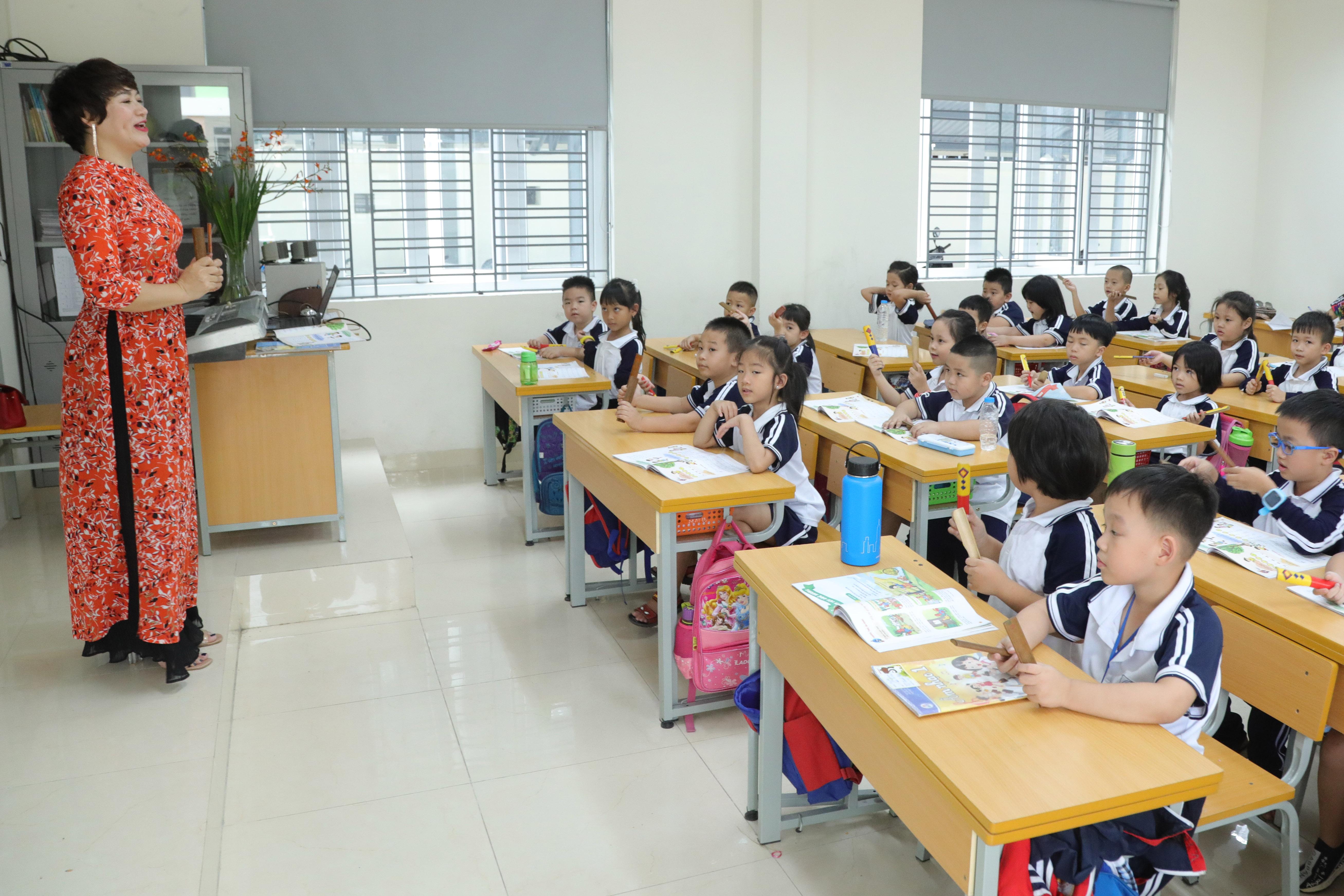 Học sinh lớp 1 tại Hà Nội. (ảnh: Phạm Quang Vinh)
