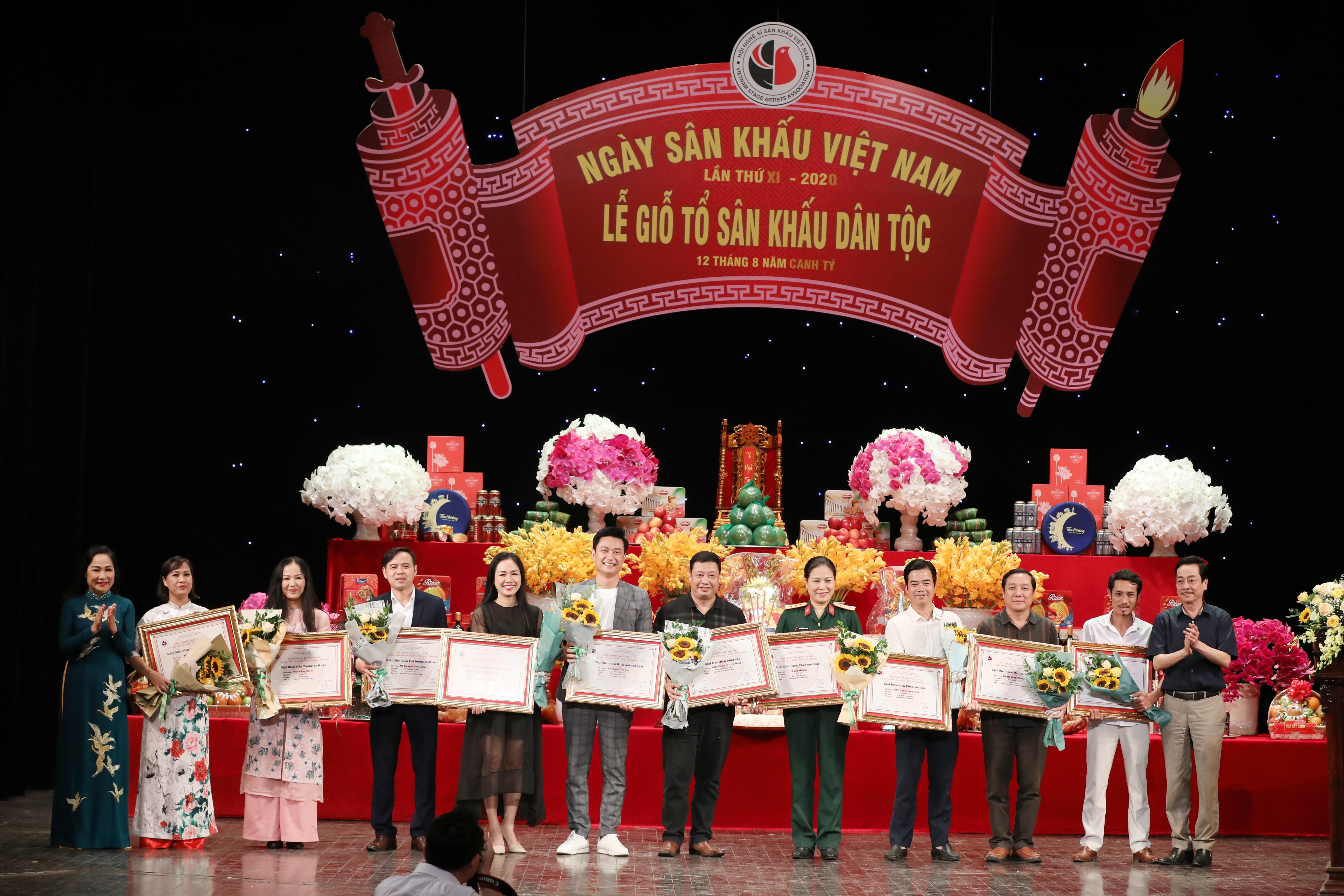 Trao Giải thưởng sân khấu năm 2020.