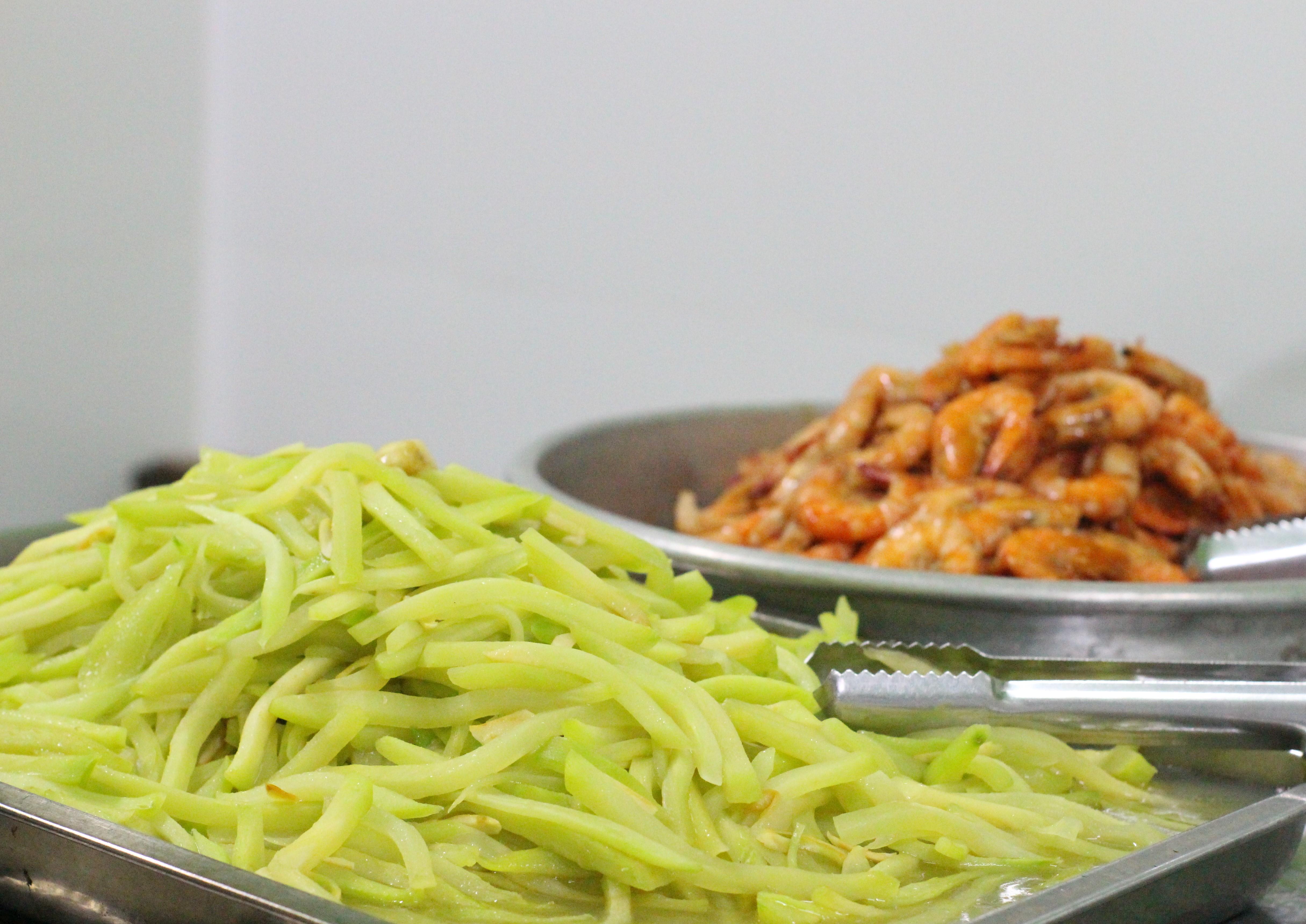 Đồ ăn được chế biến rất vệ sinh và vừa ăn