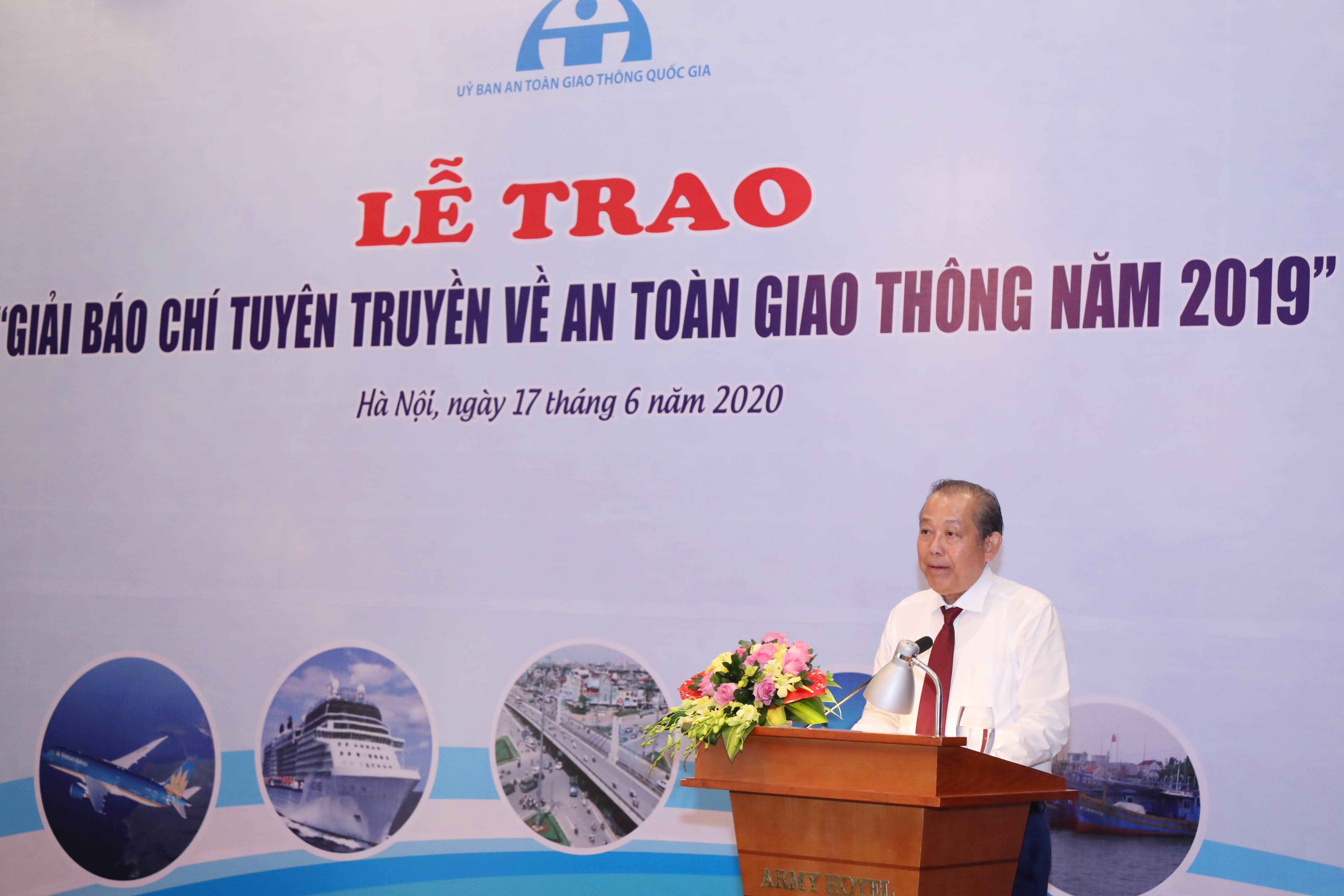 Phó Thủ tướng Thường trực Chính phủ Trương Hòa Bình phát biểu tại buổi Lễ.Ảnh: Quang Vinh.