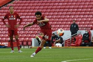 Liverpool 4-0 Crystal Palace: Salah trở lại ấn tượng