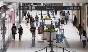 Canada kéo dài lệnh cấm nhập cảnh với hầu hết khách quốc tế