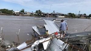 Cà Mau: Liên tiếp xảy ra sạt lở, một nhà dân bị dòng sông 'nuốt' gọn